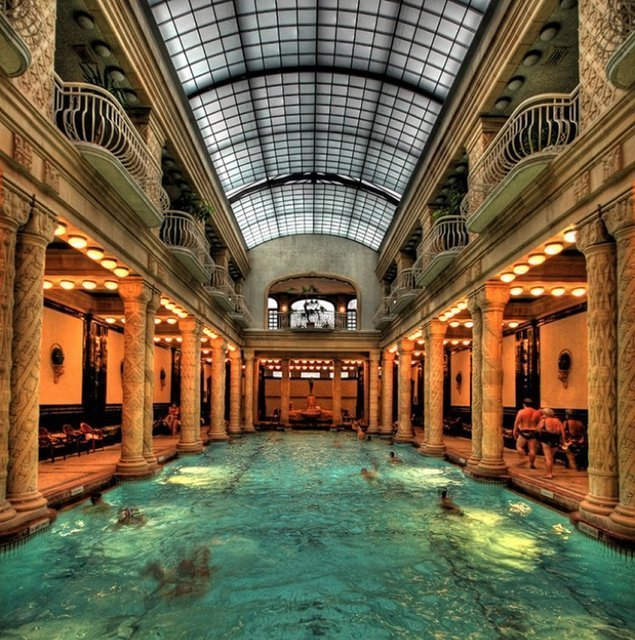 Gellert Baths @ Budapest – The VandalList