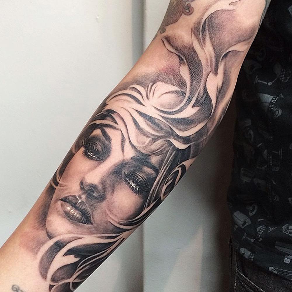 carlos-torres-tattoo-03