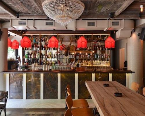 Salon Golescu – Bar / Cristian Corvin
