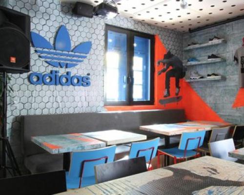 Adidas Originals Pop-Up Story