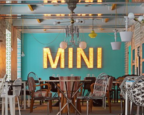 Mini & Dassa Bassa in Madrid, Spain
