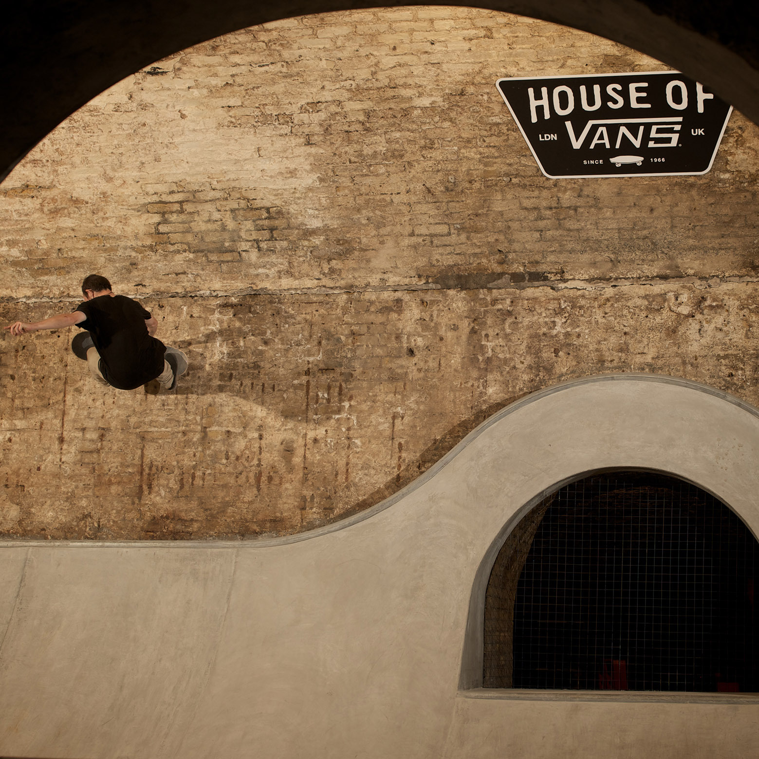 54b06738e58ece528e000053_house-of-vans-london-tim-greatrex_house_of_vans_london_skatepark_-2-