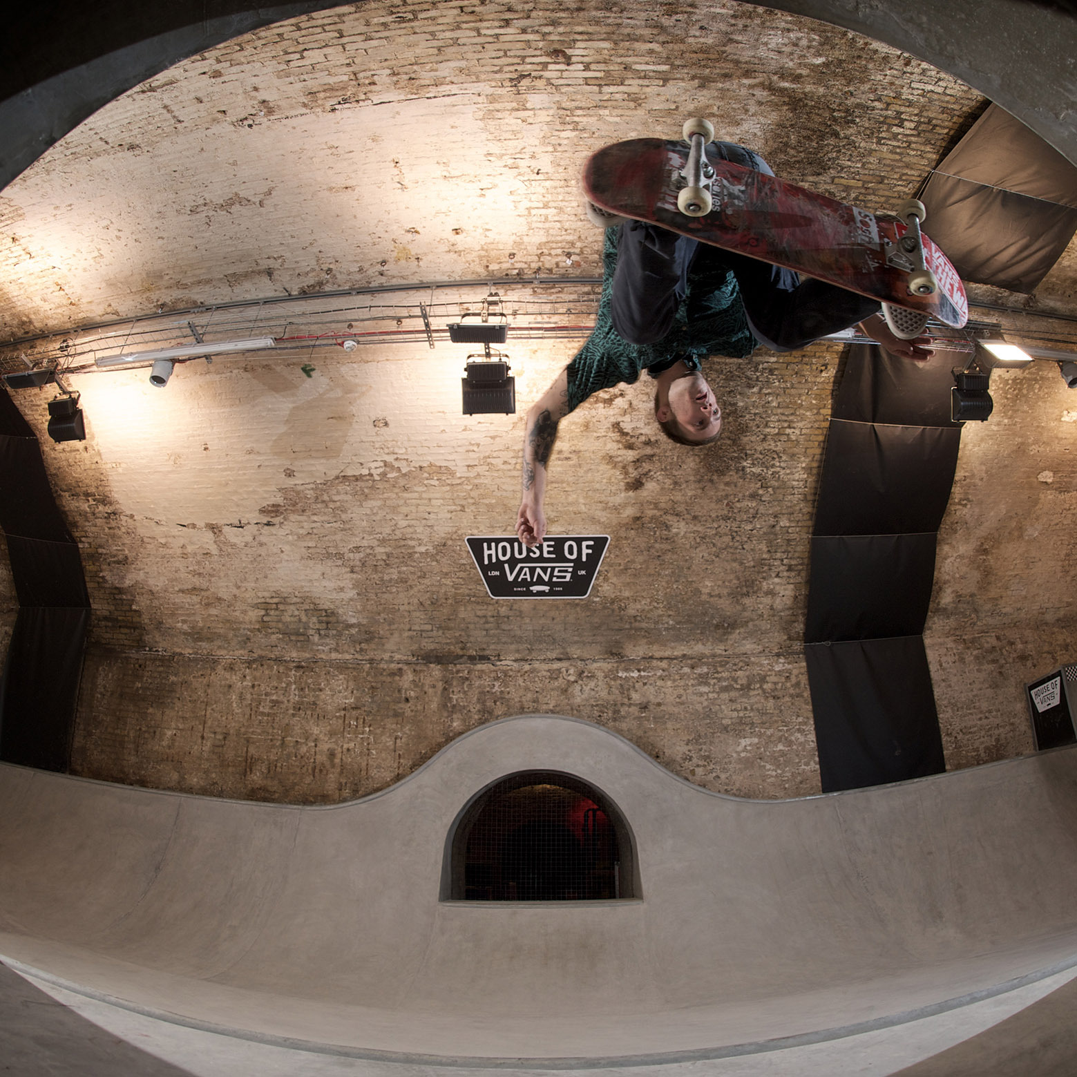 54b06744e58ecedabc000045_house-of-vans-london-tim-greatrex_house_of_vans_london_skatepark_-3-