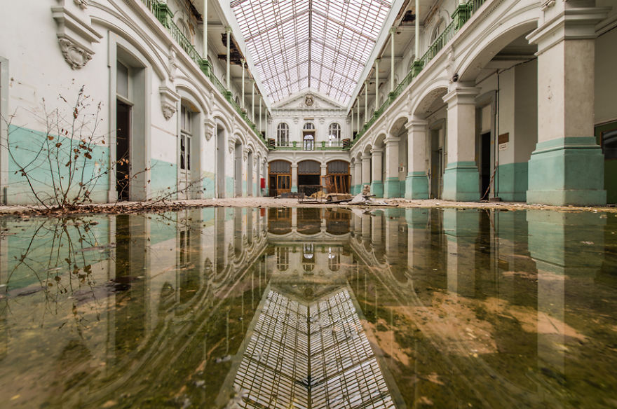 Romain Veillon - Vlist - abandoned places (16)