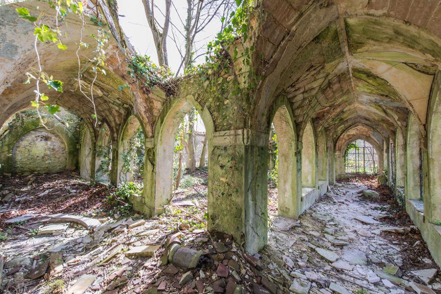 Romain Veillon - Vlist - abandoned places (2)