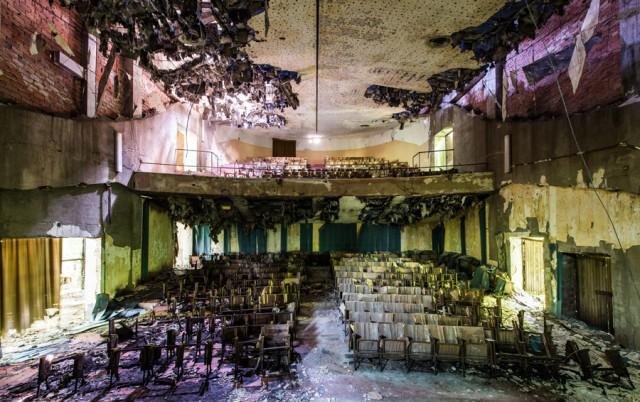 Romain Veillon - Vlist - abandoned places (6)