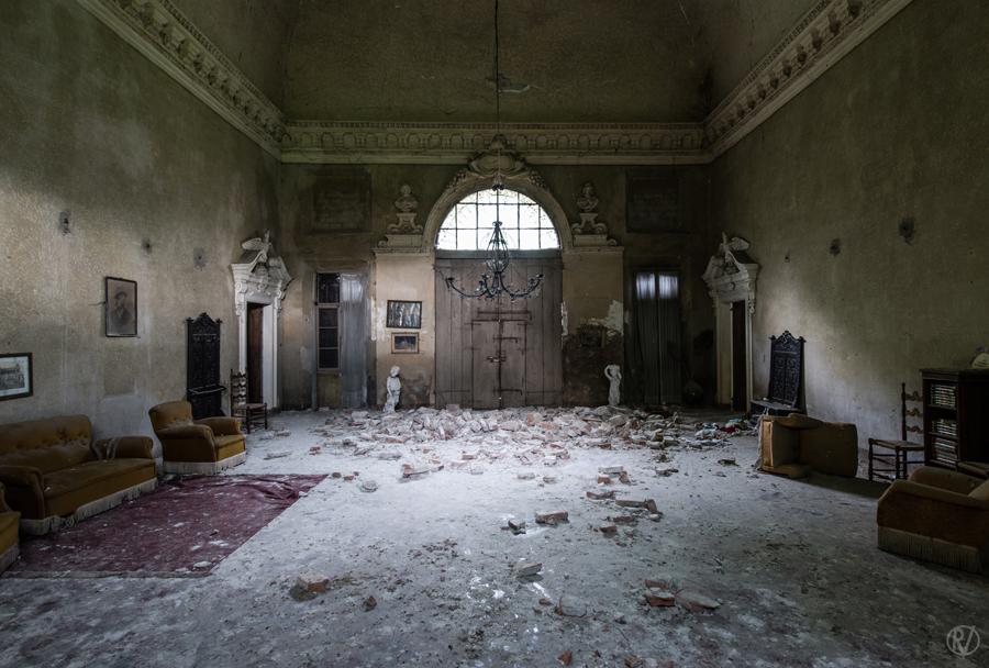 Romain Veillon - Vlist - abandoned places (9)