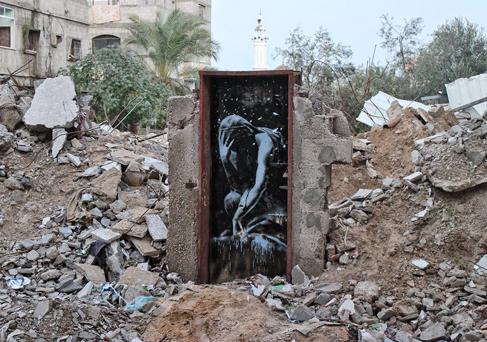 Banksy paints a new series of pieces in Gaza, Palestine (3)