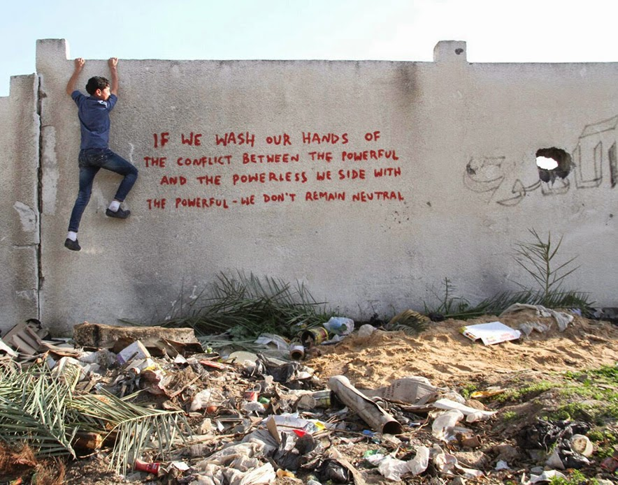 Banksy paints a new series of pieces in Gaza, Palestine (6)