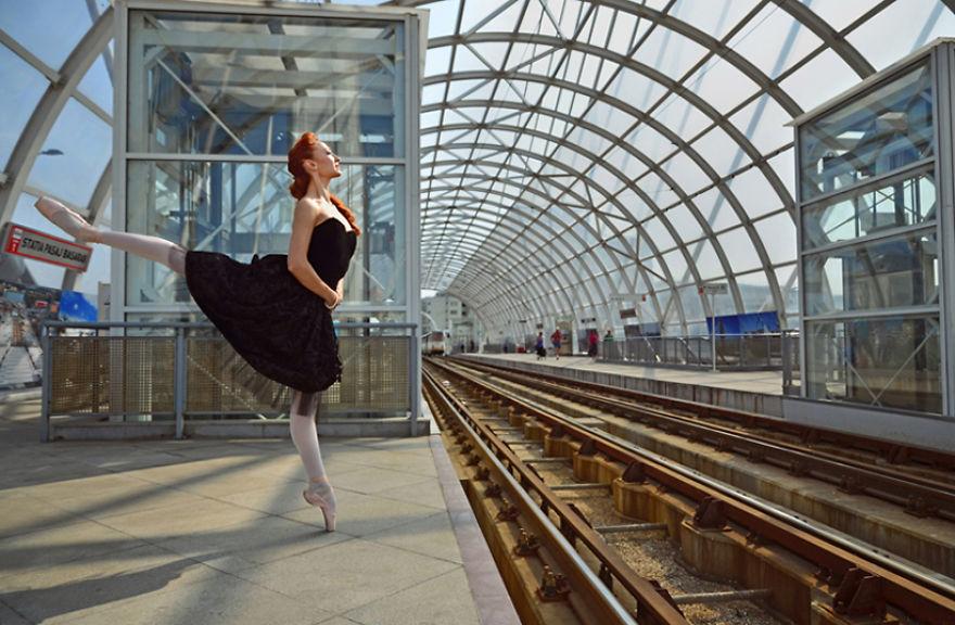 Dancing-Bucharest1__880