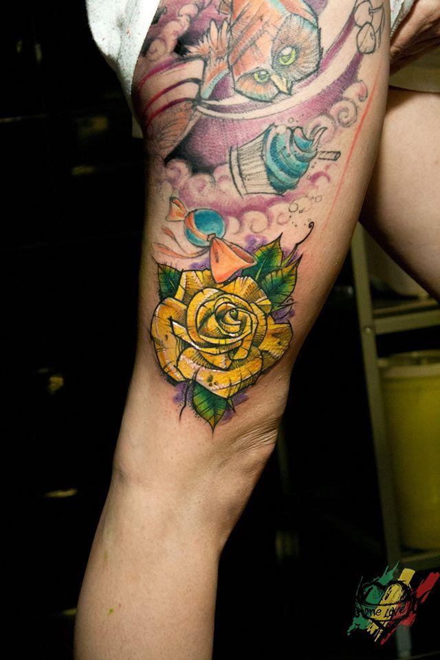 Deathpop Mole, tattoo artist