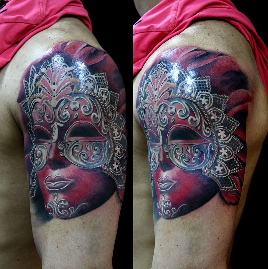 Denis Torikashvili, tattoo artist - Vlist (2)