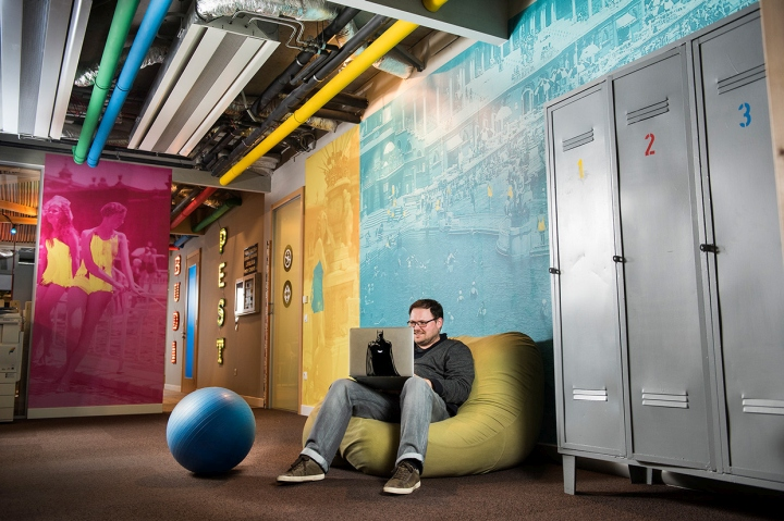 Google-office-by-Graphasel-Design-Studio-Budapest-Hungary-05