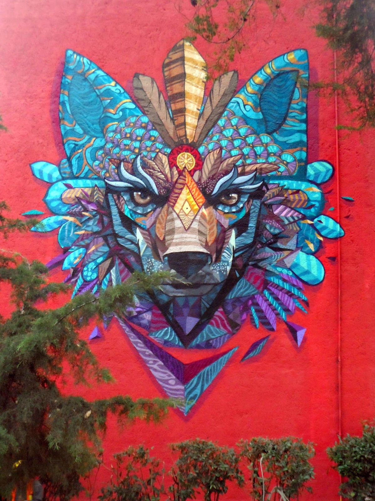 Farid rueda s new murals in mexico the vandallist - Rueda de colores ...