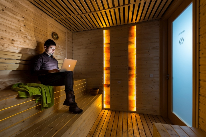 Google-office-by-Graphasel-Design-Studio-Budapest-Hungary-14
