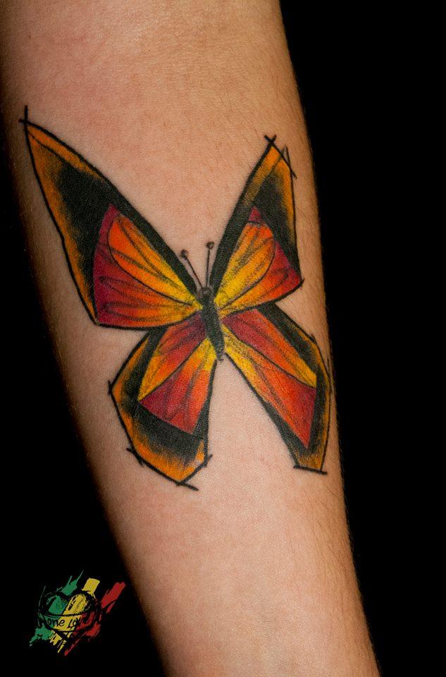 Mike Kyrtatas, tattoo artist (25)