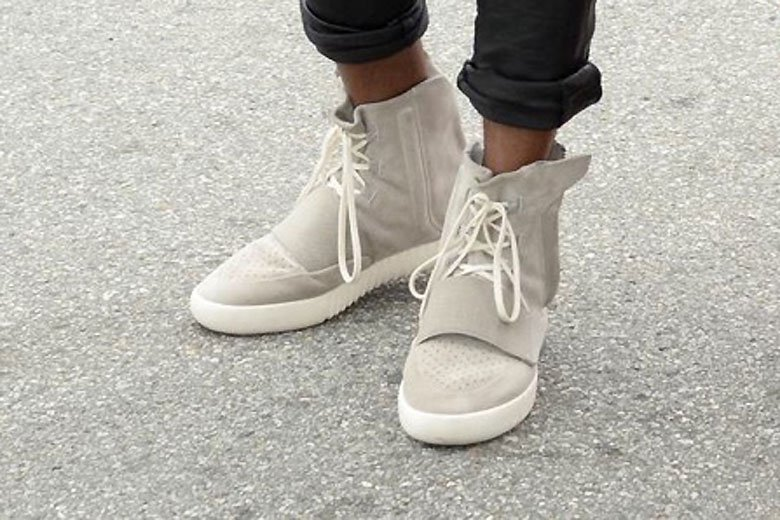 kanye-west-is-seen-in-his-new-adidas-yeezys-4