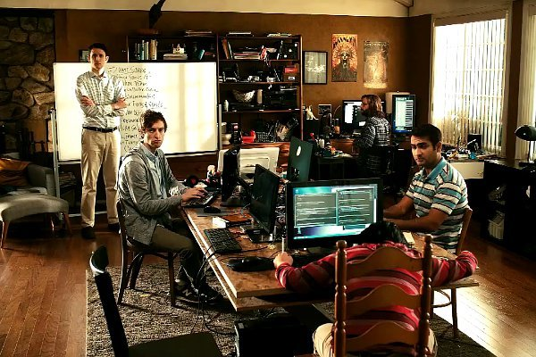 promo-for-silicon-valley-season-2-the-nerds-are-still-messy