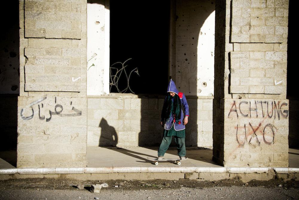 skateboarding-makes-afghan-girls-feel-free-881-body-image-1422548715