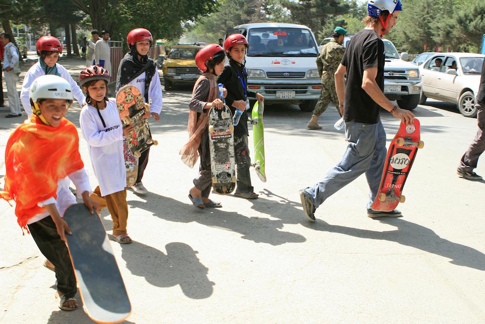 skateboarding-makes-afghan-girls-feel-free-881-body-image-1422548835