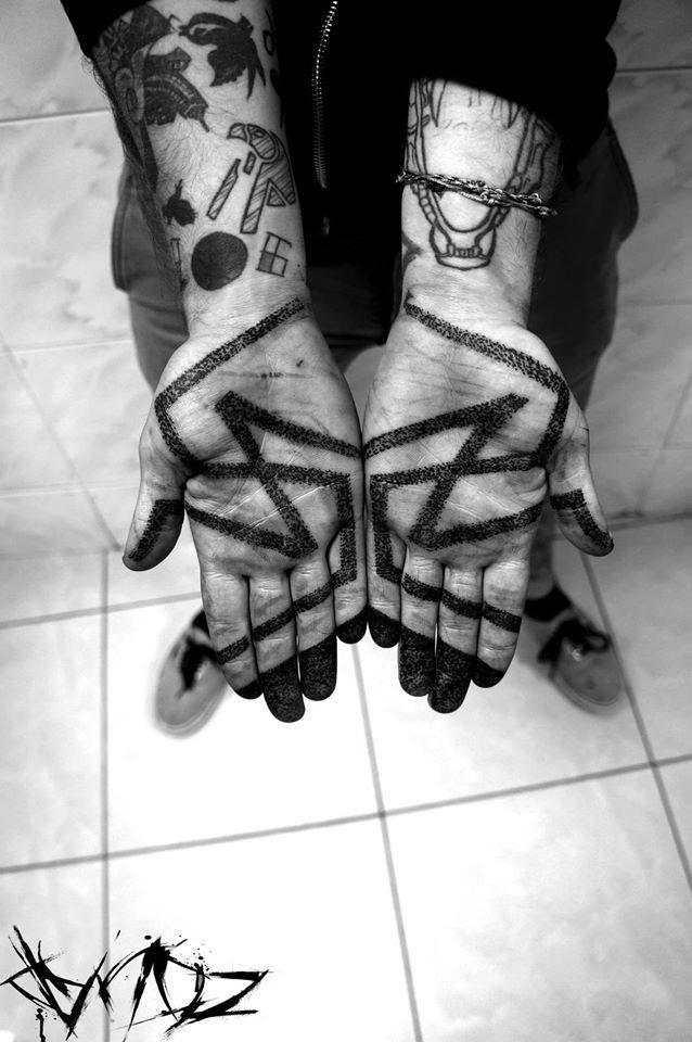 Dynoz Art Attak, tattoo artist (2)
