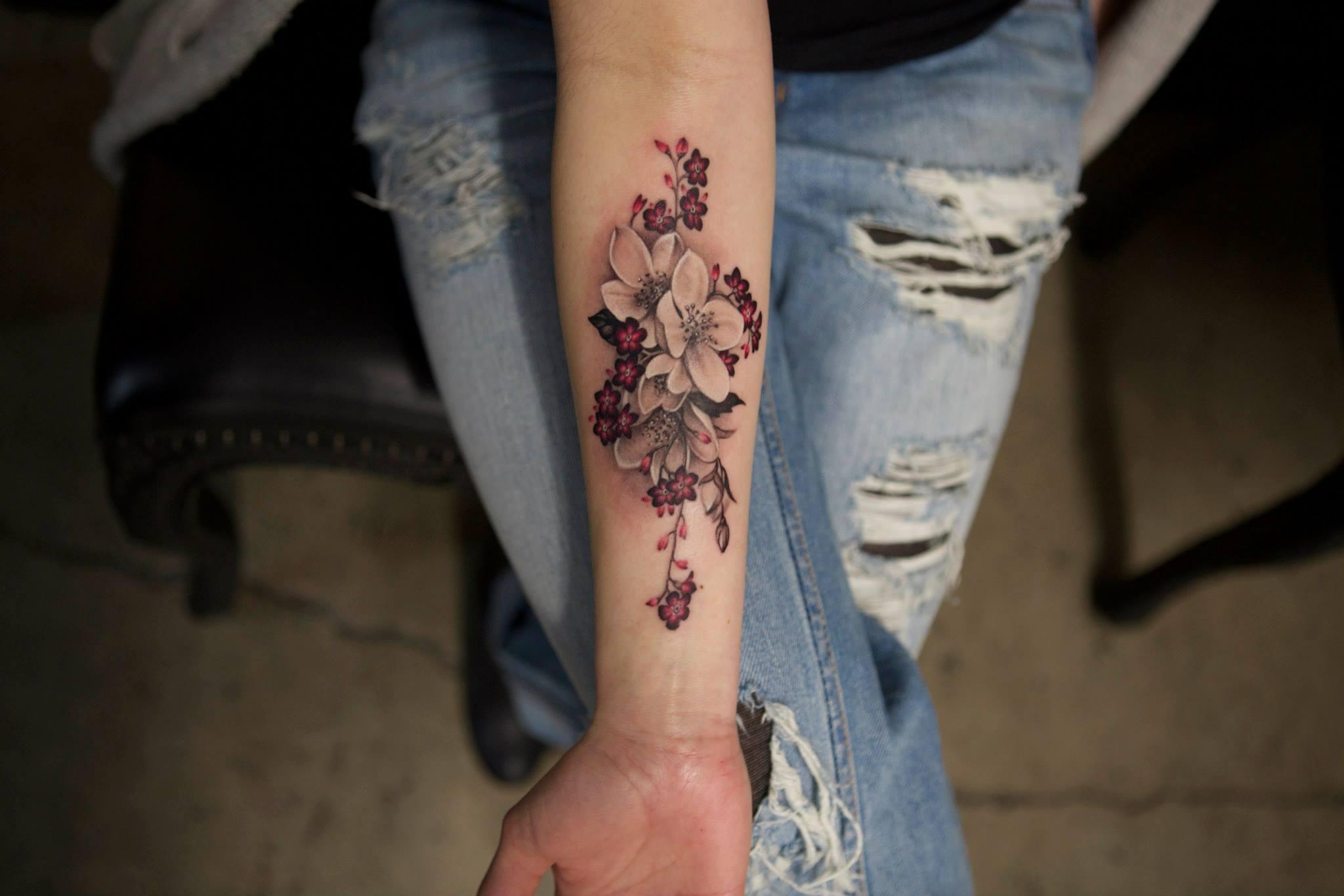 Elizabeth Markov, tattoo artist (5)