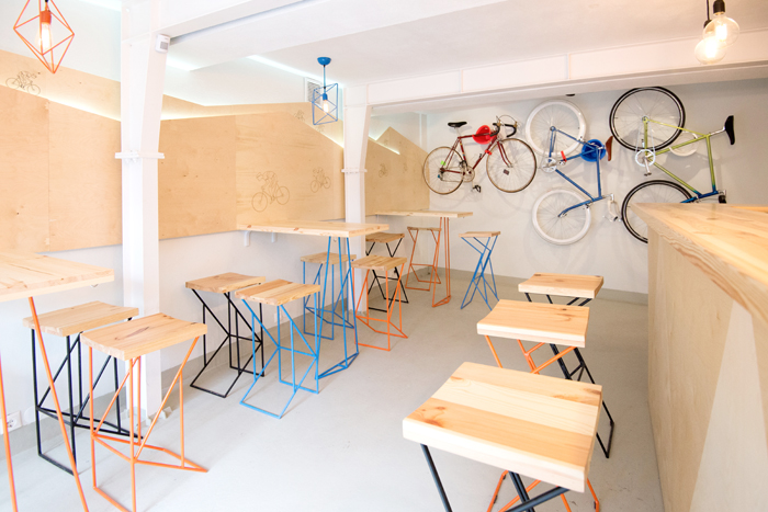 Have a coffee and get your bike fixed at Atelier Pinion, Bucharest (13)