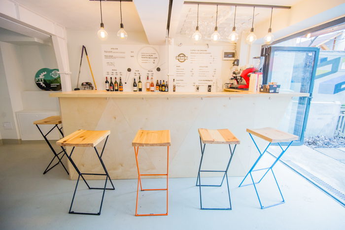 Have a coffee and get your bike fixed at Atelier Pinion, Bucharest (14)