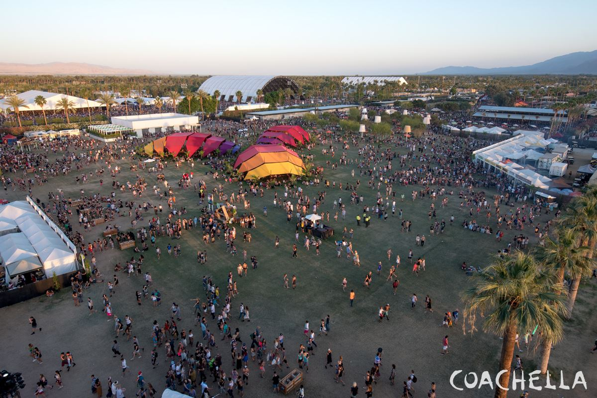 Coachella 2015 Week 1 Photo Gallery  - VLIST (14)