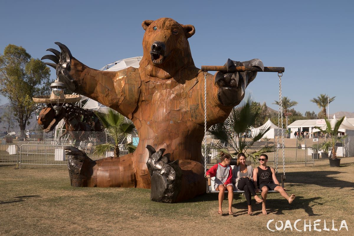 Coachella 2015 Week 1 Photo Gallery  - VLIST (17)