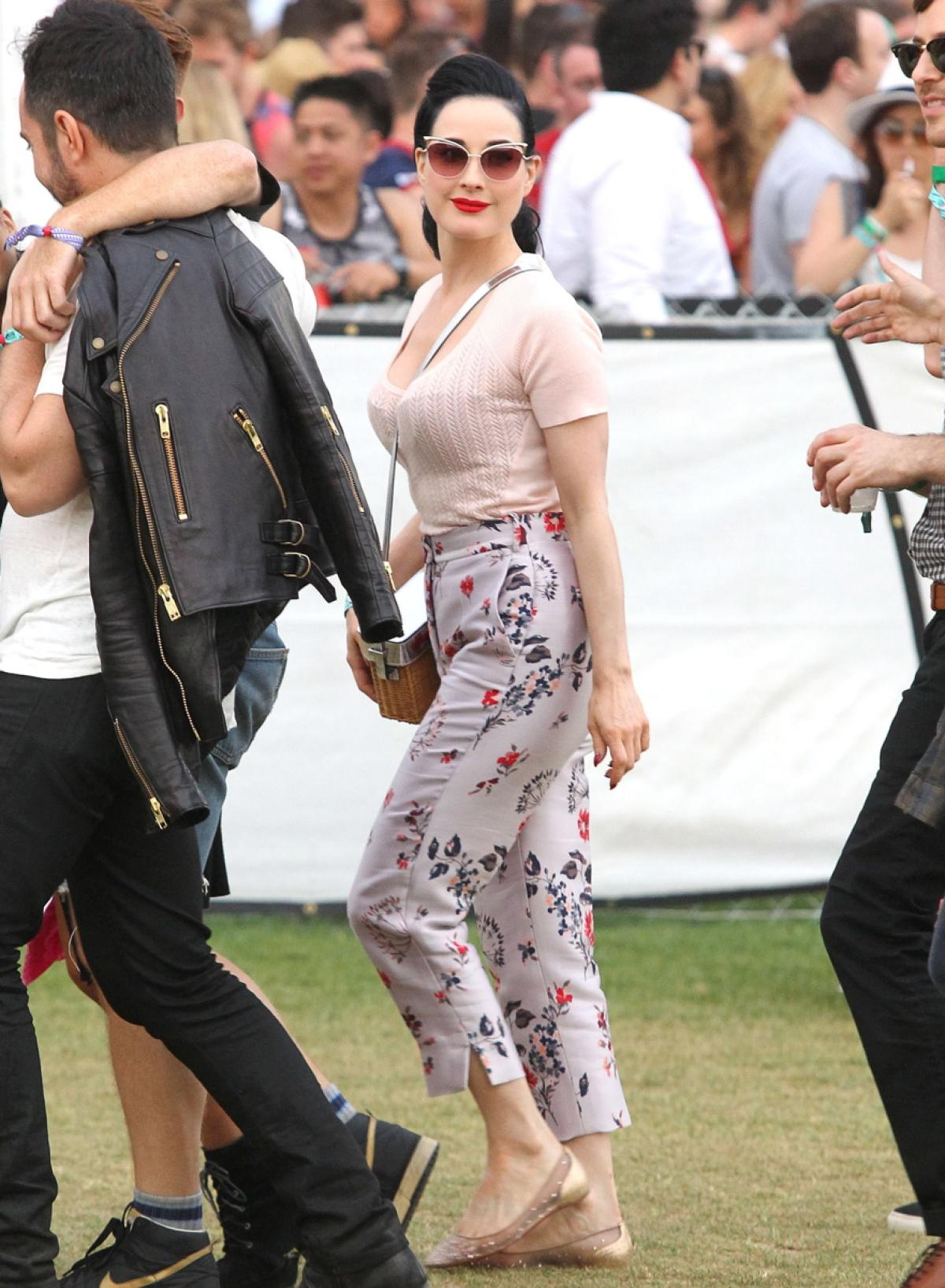 Coachella 2015 Week 1 Photo Gallery  - VLIST (42)