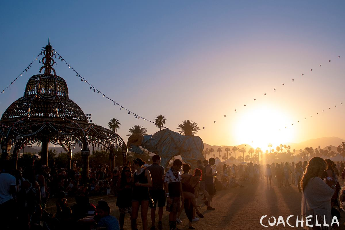 Coachella 2015 Weekend 2 Photo Gallery (17)