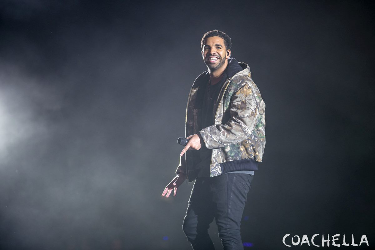 Coachella 2015 Weekend 2 Photo Gallery (3)