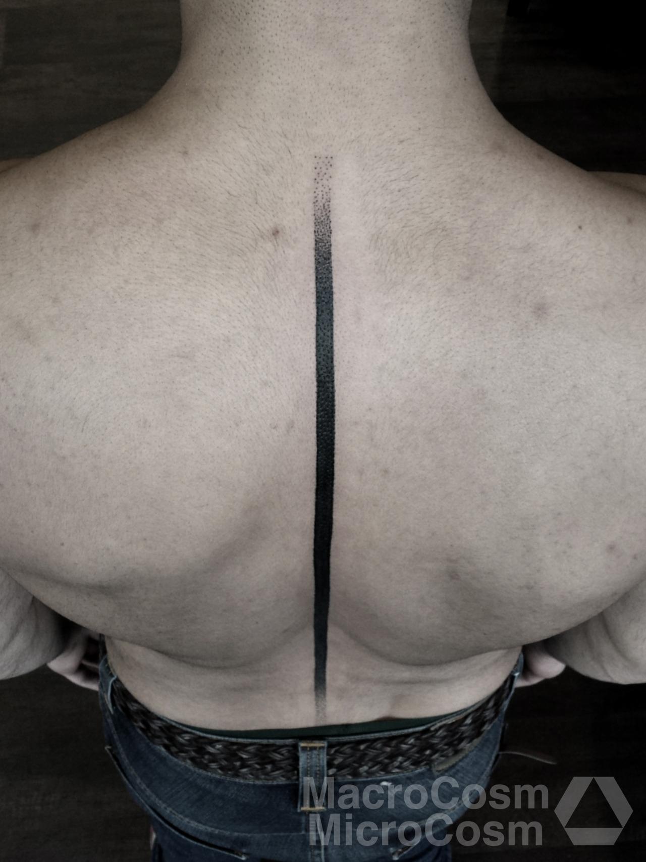 Cosmic Karma, tattoo artist (2)