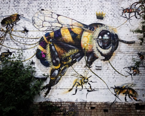 London Streets Painted With Bee Murals To Raise Awareness About Colony Collapse Disorder