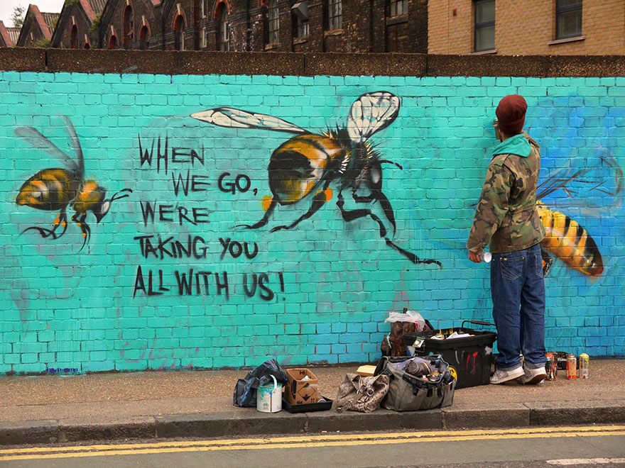 London Streets Painted With Bee Murals To Raise Awareness About Colony Collapse Disorder (7)