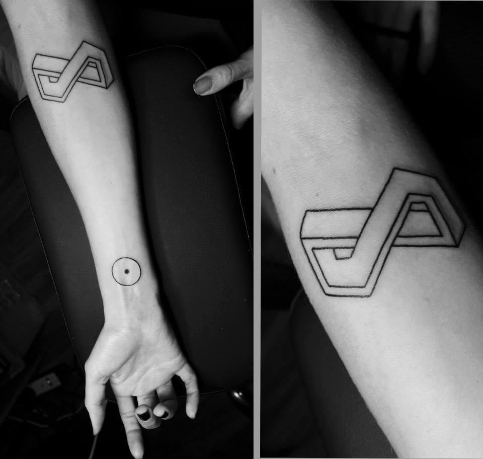 Malvina Wisniewska, tattoo artist VLIST (10)