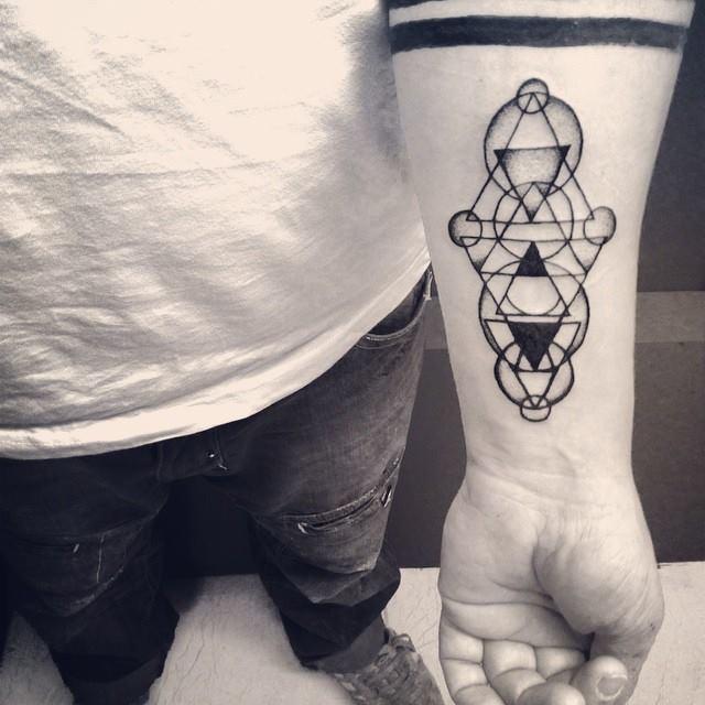Malvina Wisniewska, tattoo artist VLIST (13)