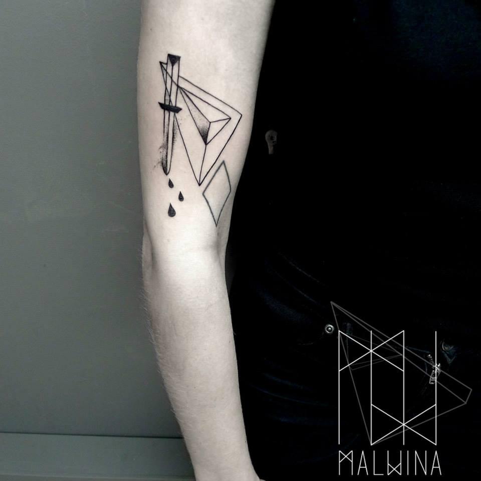 Malvina Wisniewska, tattoo artist VLIST (16)