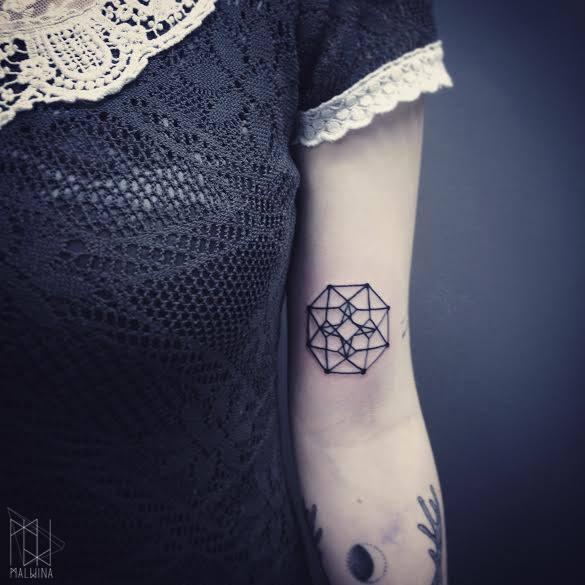 Malvina Wisniewska, tattoo artist VLIST (23)