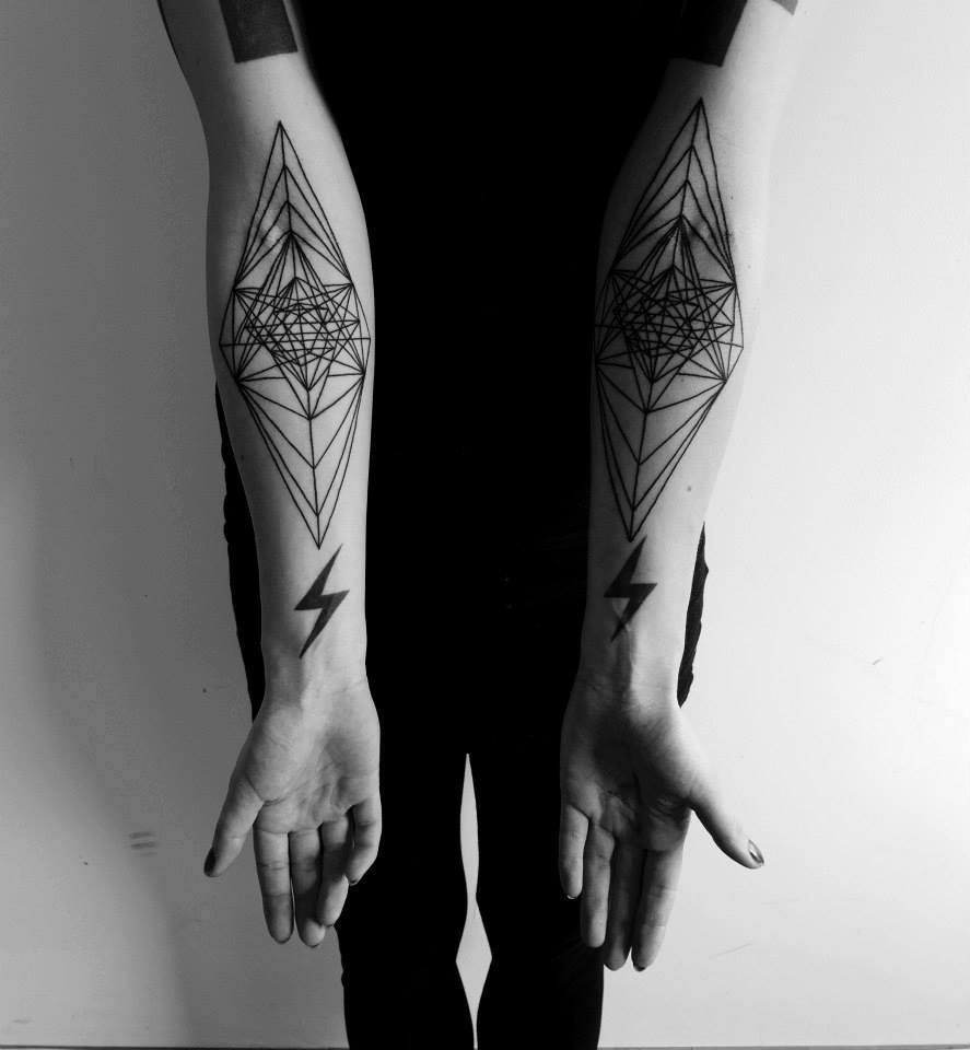 Malvina Wisniewska, tattoo artist VLIST (5)