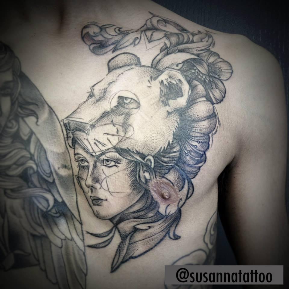Susanna, Scratchline Tattoo (2)