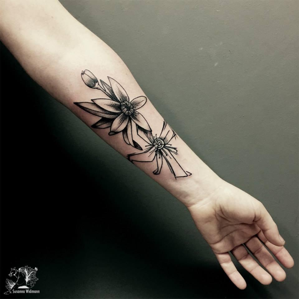 Susanna, Scratchline Tattoo (8)