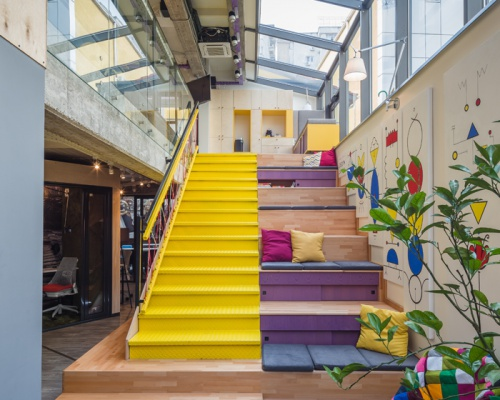 The cool mix & match B.sorted offices in Bucharest