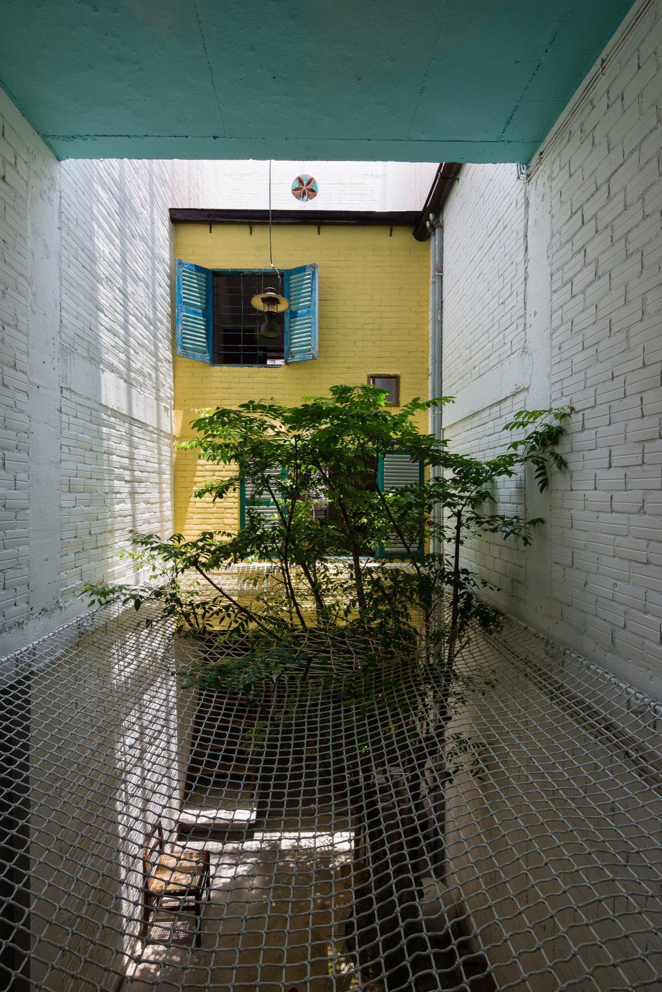 A house like no other Saigon House by a21studio - the vandallist (13)