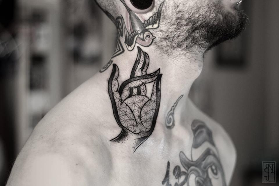 Bexa,  Tattoo Artist - the vandallist (1)