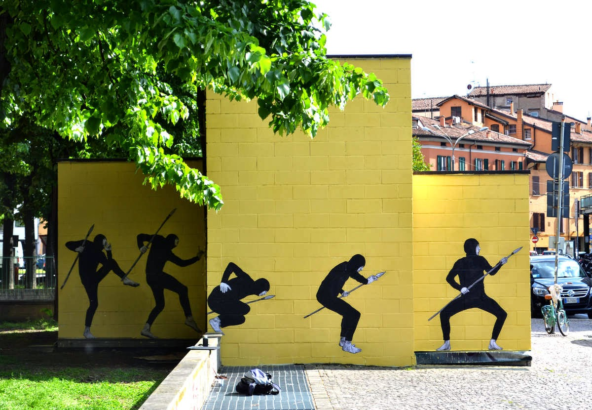 Levalet paints The Hunt in Bologna, Italy - the vandallist (6)
