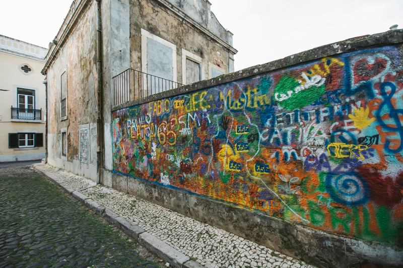 Lisbon is Overthrowing Street Art Clichés through Creative Workshops for Older People - the vandallist (6)