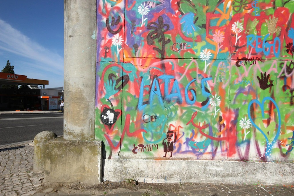 Lisbon is Overthrowing Street Art Clichés through Creative Workshops for Older People - the vandallist (9)