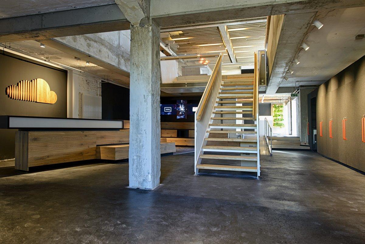 new soundcloud headquarters in berlin the vandallist. Black Bedroom Furniture Sets. Home Design Ideas